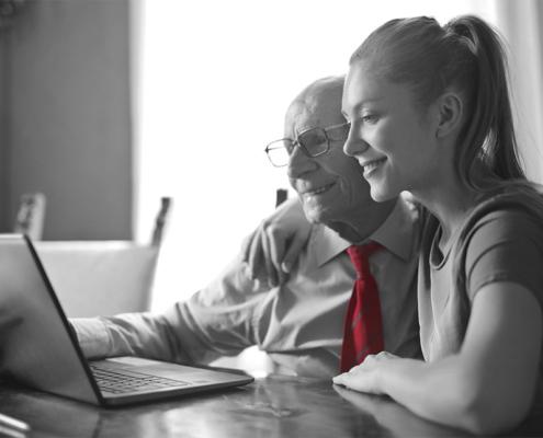 Unternehmensnachfolge mit Vater und Tochter